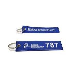 BOEING 787 KEYCHAIN BLUE