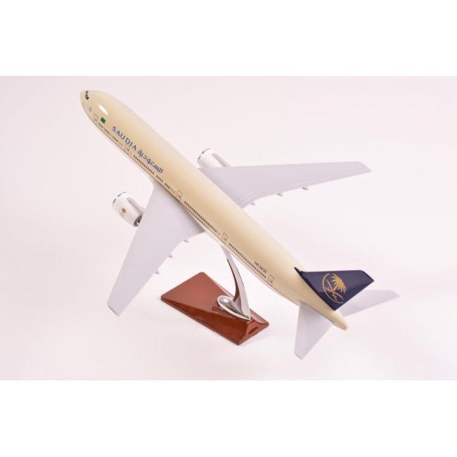 Saudia Airlines model B777